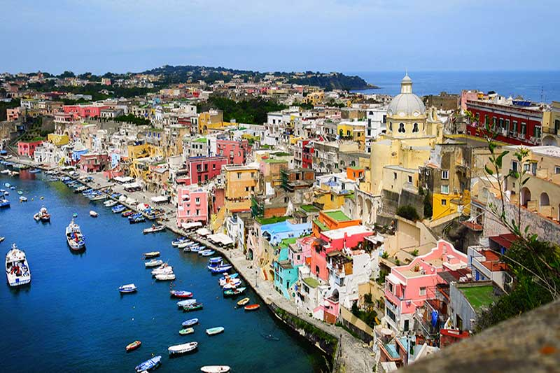 Bayrdamda Napoli Turu