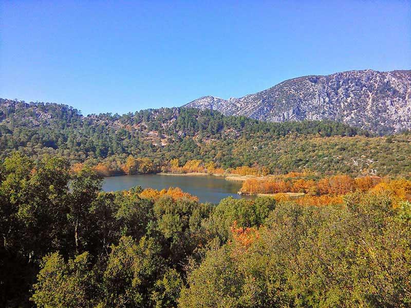 Isparta Lavanta Tarlaları ve Göller Bölgesi